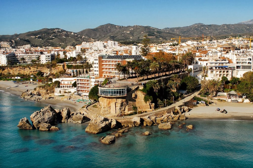 slider-hotel-nerja-playa-1-1